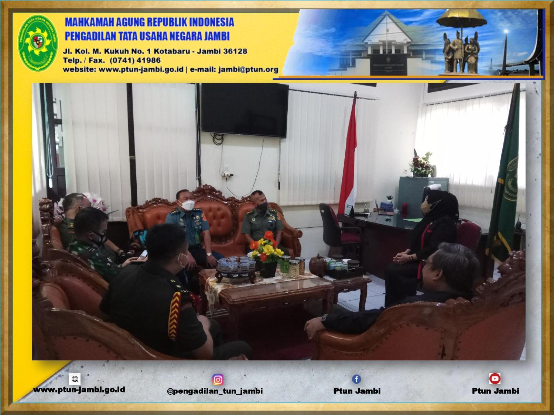 Pemakaian Ruang Sidang PTUN Jambi oleh Pengadilan Militer I-04 Palembang